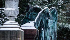 Friedhofsszene